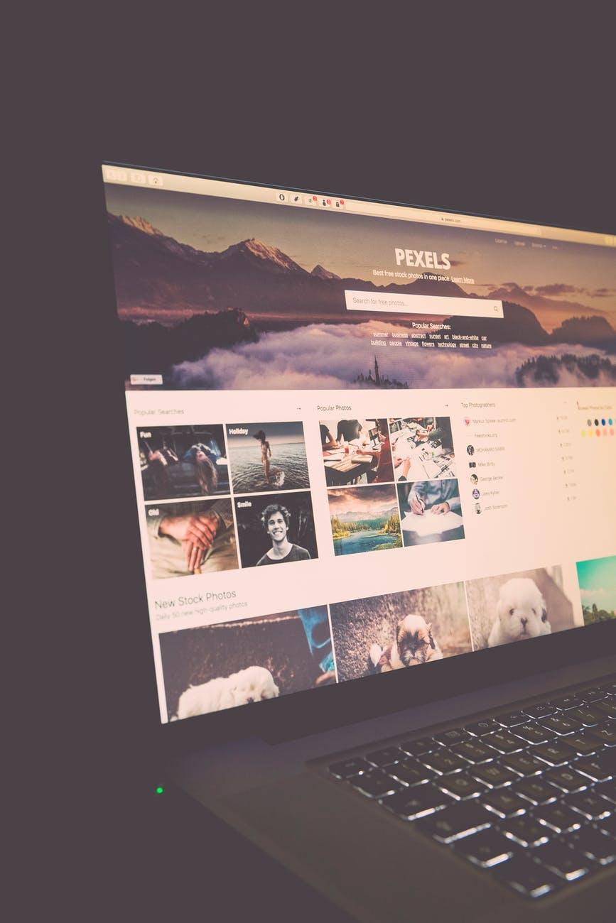laptop macbook pro internet technology